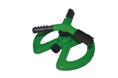 3-Arm Plastic Sprinkler With Plastic Base W-4100
